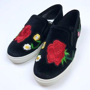 Massini Black Velvet Rose Embroidered Slip on Shoe